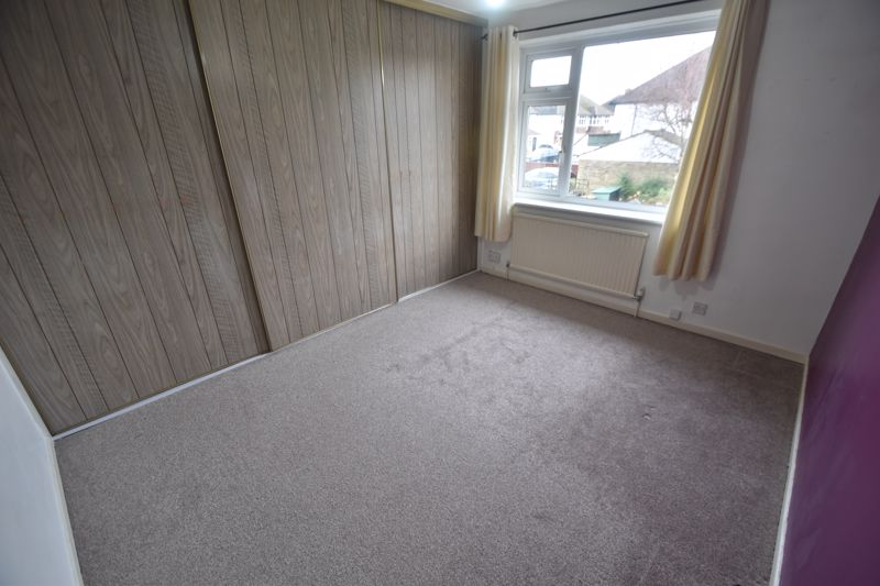 4 bedroom Semi-Detached  to rent in Swifts Green Road, Luton - Photo 6