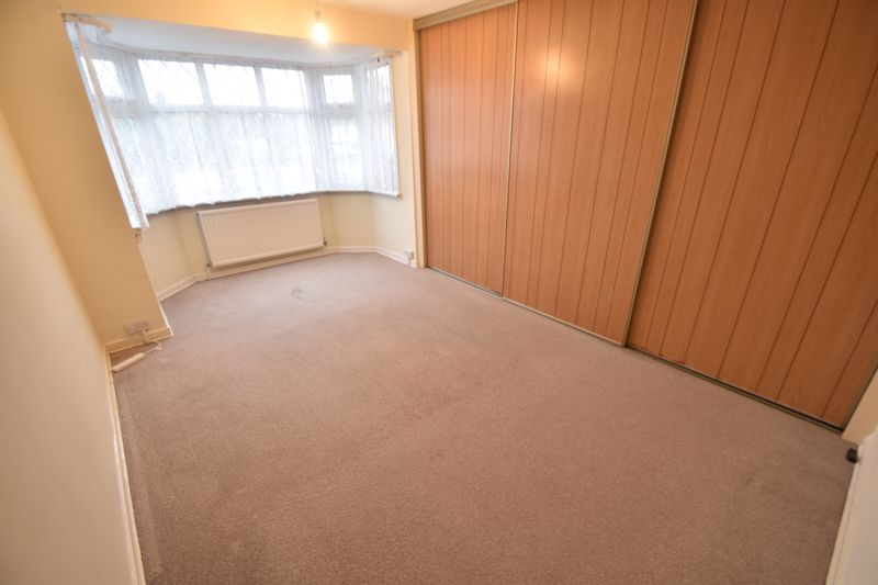 4 bedroom Semi-Detached  to rent in Swifts Green Road, Luton - Photo 7