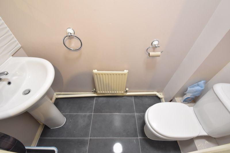 3 bedroom Mid Terrace to buy in Chalkdown, Luton - Photo 9