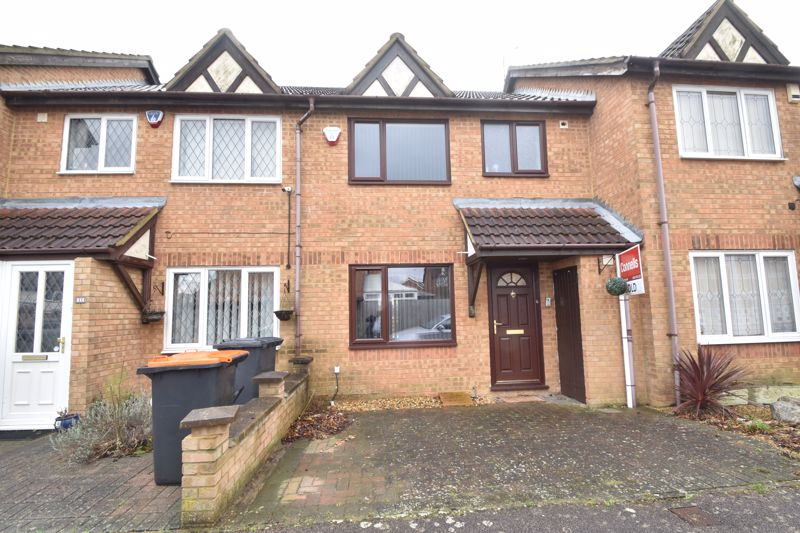 3 bedroom Mid Terrace to buy in Chalkdown, Luton - Photo 12