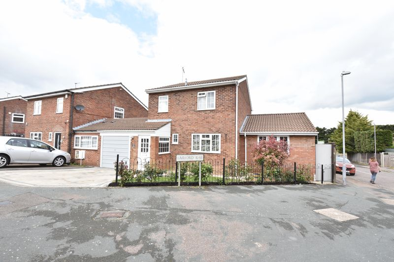 3 bedroom  to buy in Barford Rise, Luton