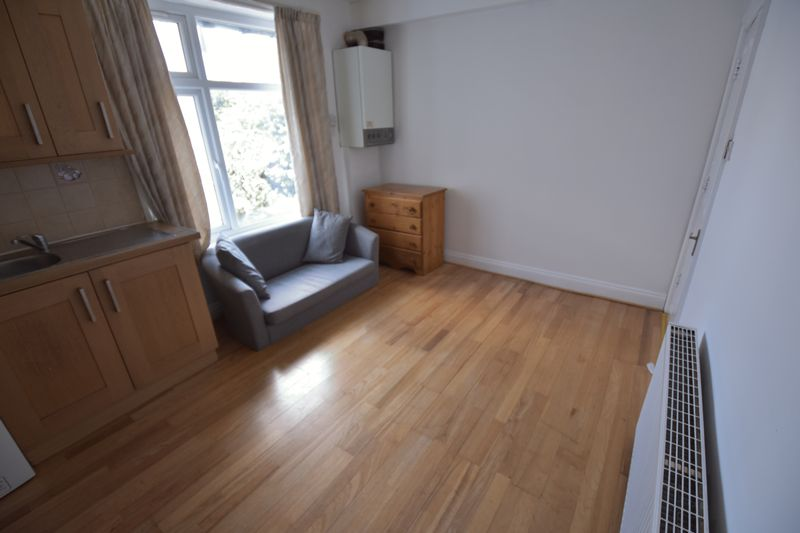 1 bedroom Flat to rent in New Bedford Road, Luton - Photo 15