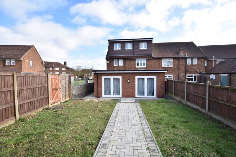 6 bedroom Semi-Detached  to buy in Abbey Drive, Luton - Photo 30