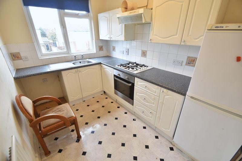 1 bedroom Flat to rent in Hart Lane, Luton - Photo 7