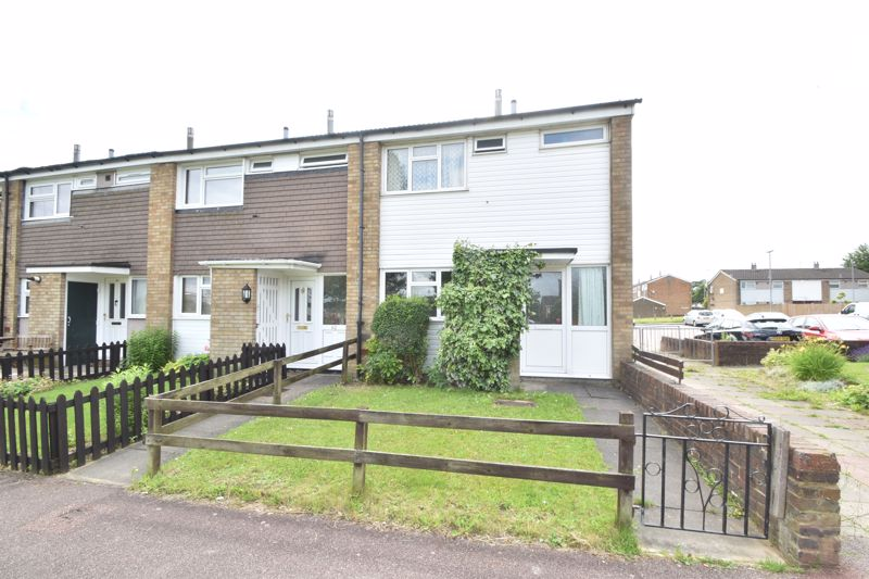3 bedroom End Terrace to buy in Thrales Close, Luton