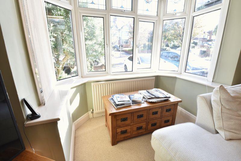 3 bedroom Semi-Detached  to buy in Cutenhoe Road, Luton - Photo 7