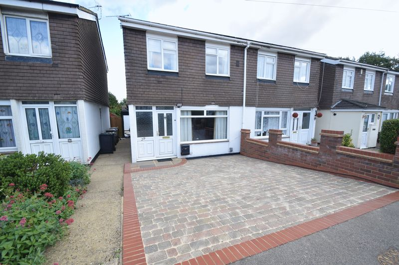 3 bedroom Semi-Detached  to buy in Strangers Way, Luton