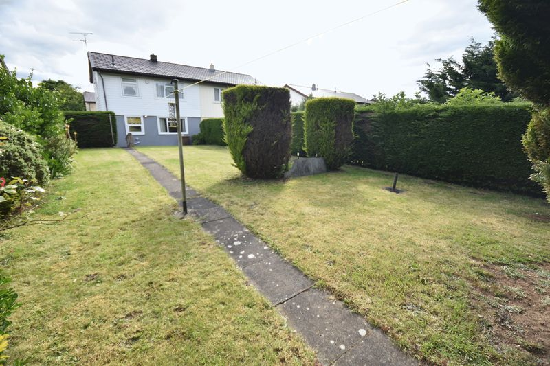 3 bedroom Semi-Detached  to buy in Williton Road, Luton - Photo 16