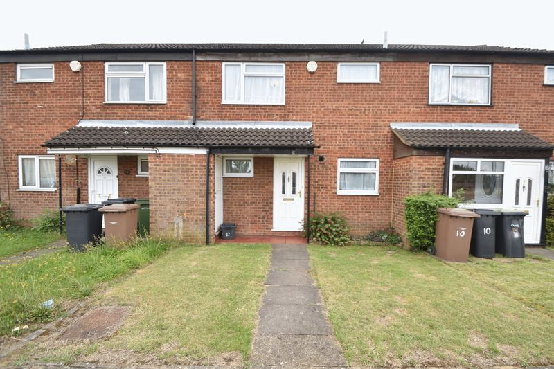 3 bedroom Mid Terrace to buy in Kestrel Way, Luton