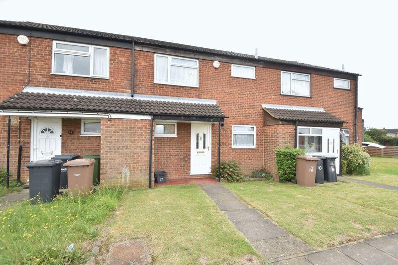 3 bedroom Mid Terrace to buy in Kestrel Way, Luton - Photo 16