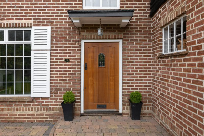4 bedroom  to buy in Ludlow Avenue, Luton - Photo 23