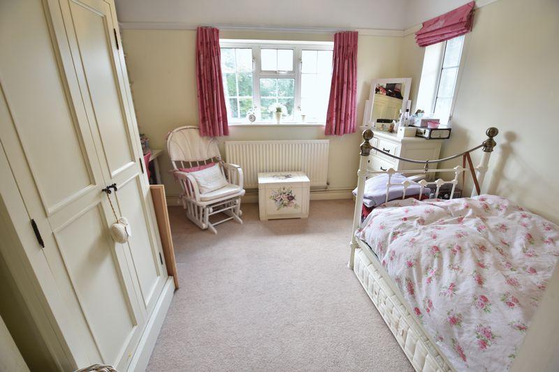 4 bedroom  to buy in Ludlow Avenue, Luton - Photo 16