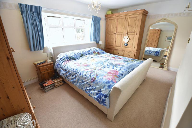 4 bedroom  to buy in Ludlow Avenue, Luton - Photo 18