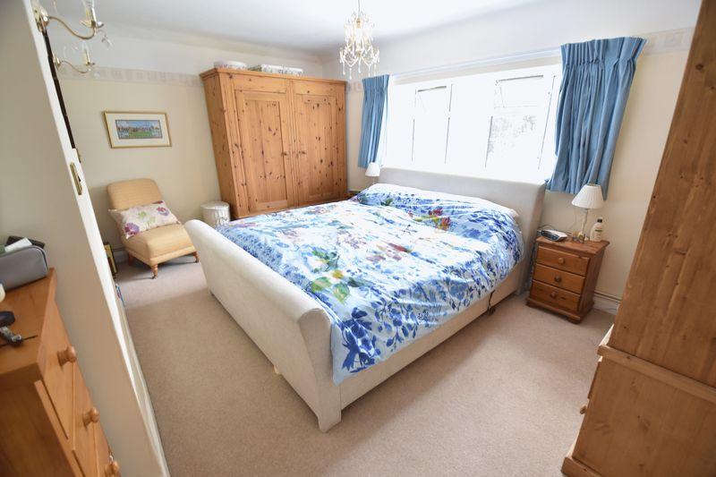4 bedroom  to buy in Ludlow Avenue, Luton - Photo 20