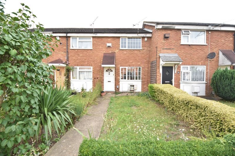 2 bedroom Mid Terrace to buy in Fareham Way, Dunstable