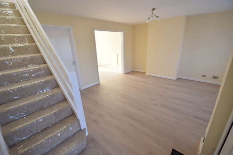 3 bedroom Semi-Detached  to rent in Holgate Drive, Luton - Photo 1