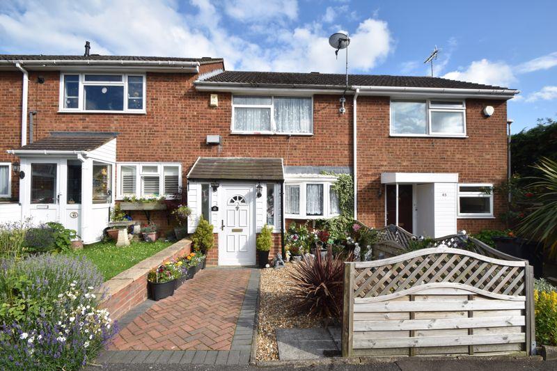3 bedroom Mid Terrace to buy in Alfriston Close, Luton