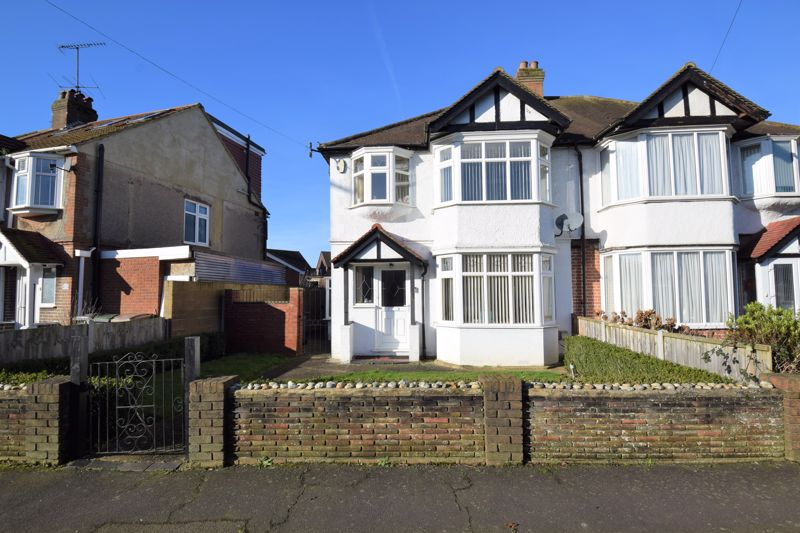 3 bedroom Semi-Detached  to buy in Crawley Green Road, Luton