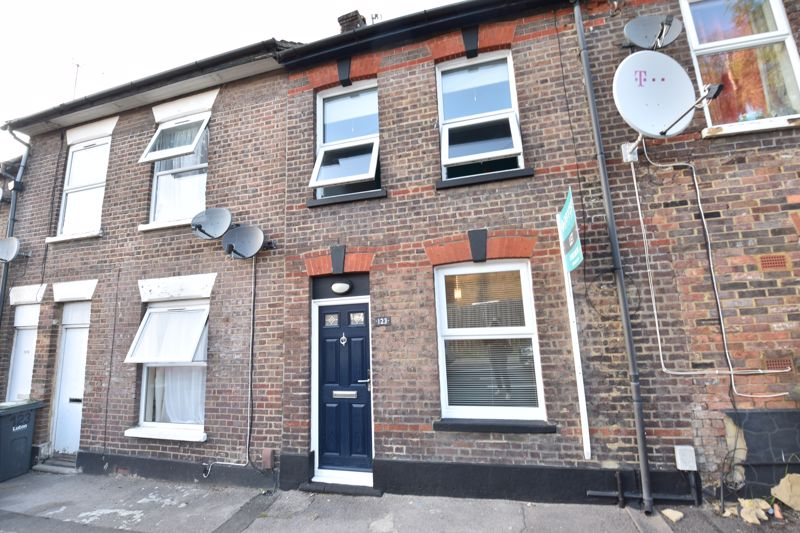 2 bedroom Mid Terrace to rent in North Street, Luton - Photo 16