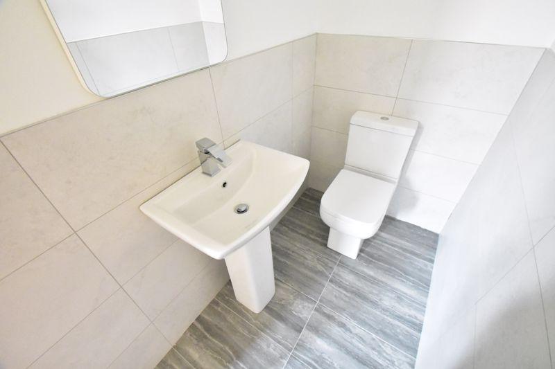 2 bedroom Maisonette to buy in Kingham Way, Luton - Photo 13