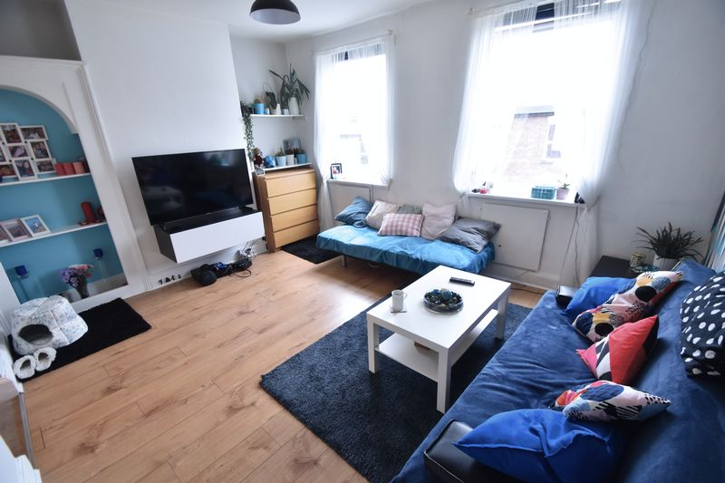 1 bedroom Flat to rent in Buxton Road, Luton - Photo 4
