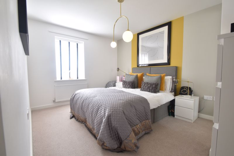 2 bedroom Apartment / Studio to buy in Union Street, Luton - Photo 8