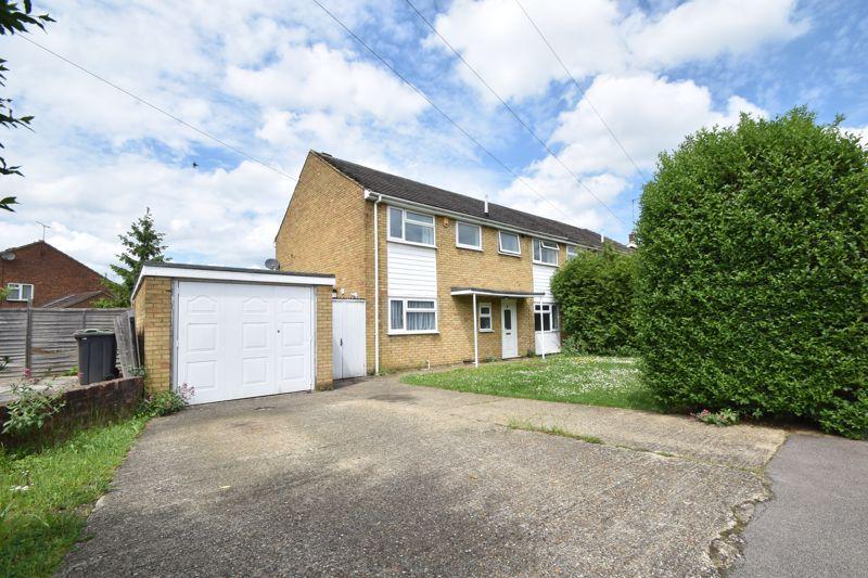 4 bedroom Semi-Detached  to buy in Blaydon Road, Luton