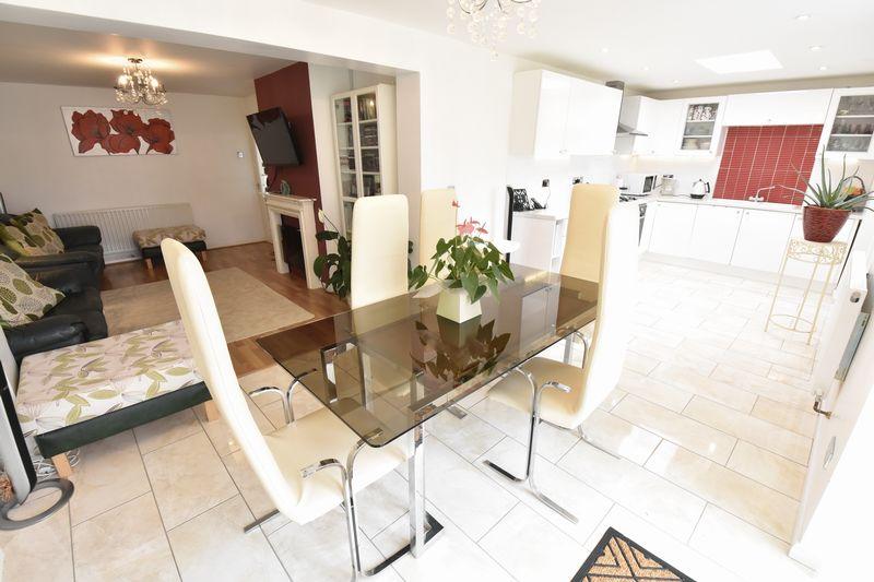 3 bedroom Semi-Detached  to buy in Matlock Crescent, Luton