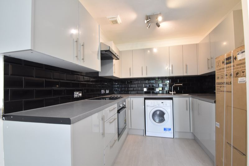 1 bedroom Apartment / Studio to buy in Barons Court, Earls Meade, Luton - Photo 18