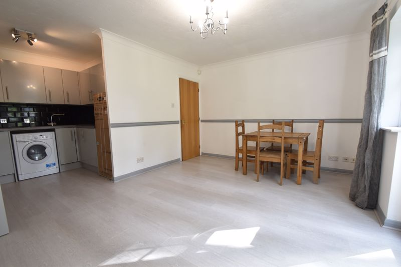 1 bedroom Apartment / Studio to buy in Barons Court, Earls Meade, Luton - Photo 20