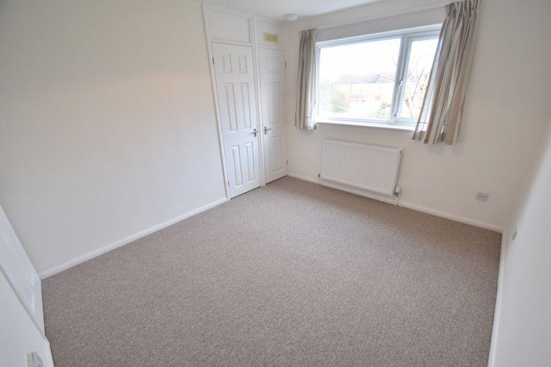 2 bedroom Mid Terrace to rent in Fareham Way, Dunstable - Photo 17