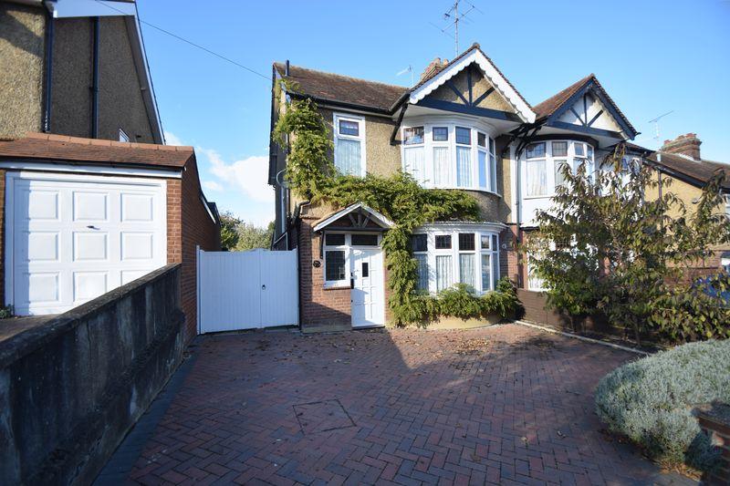 3 bedroom Semi-Detached  to buy in Cutenhoe Road, Luton