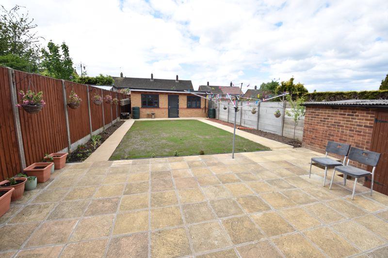 3 bedroom  to buy in Carteret Road, Luton - Photo 1