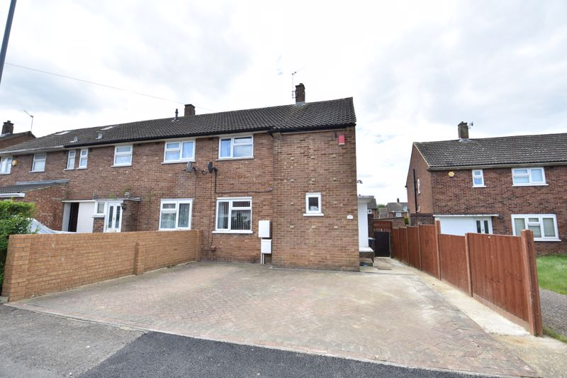 3 bedroom  to buy in Carteret Road, Luton