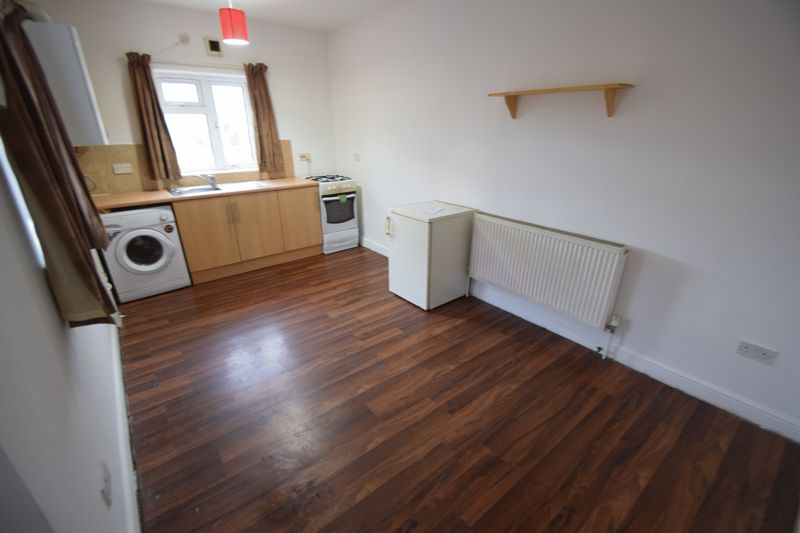 0 bedroom Flat to rent in High Street North, Dunstable