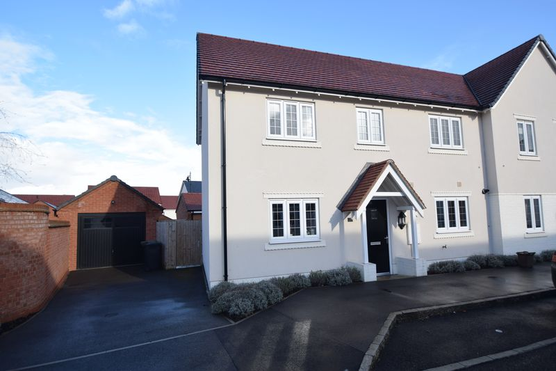 3 bedroom Semi-Detached  to buy in Plantation View, Silsoe
