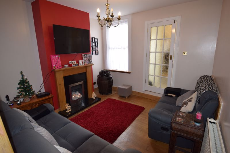 2 bedroom End Terrace to buy in St. Pauls Road, Luton - Photo 8