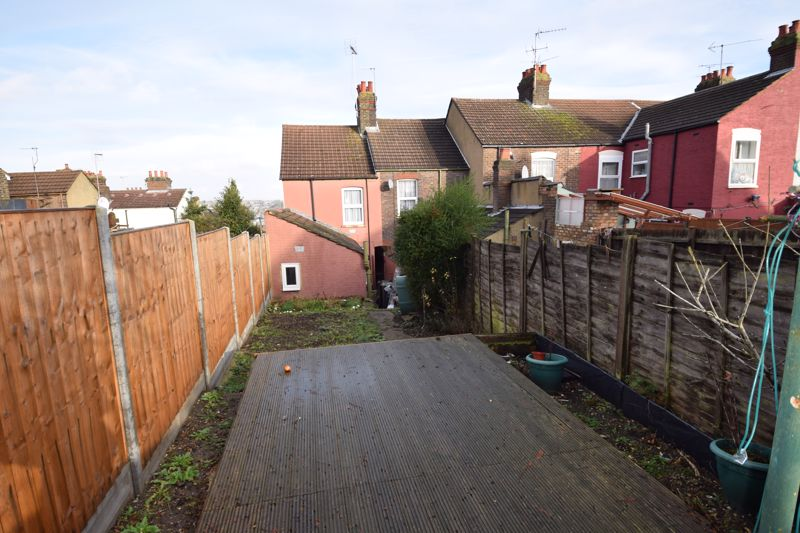 2 bedroom End Terrace to buy in St. Pauls Road, Luton - Photo 19