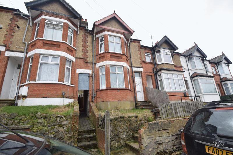1 bedroom Flat to rent in Russell Rise, Luton