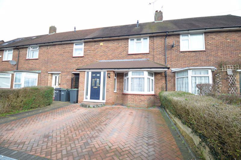 3 bedroom Mid Terrace to buy in Priestleys, Luton