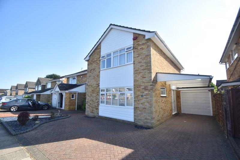 3 bedroom Detached  to buy in Birling Drive, Luton