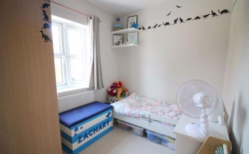 3 bedroom Semi-Detached  to buy in The Belfry, Luton - Photo 7