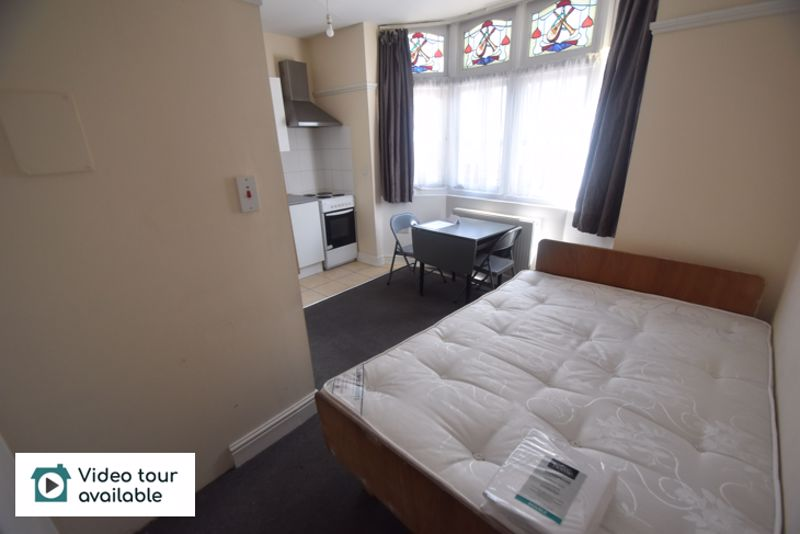 0 bedroom Flat to rent in New Bedford Road, Luton