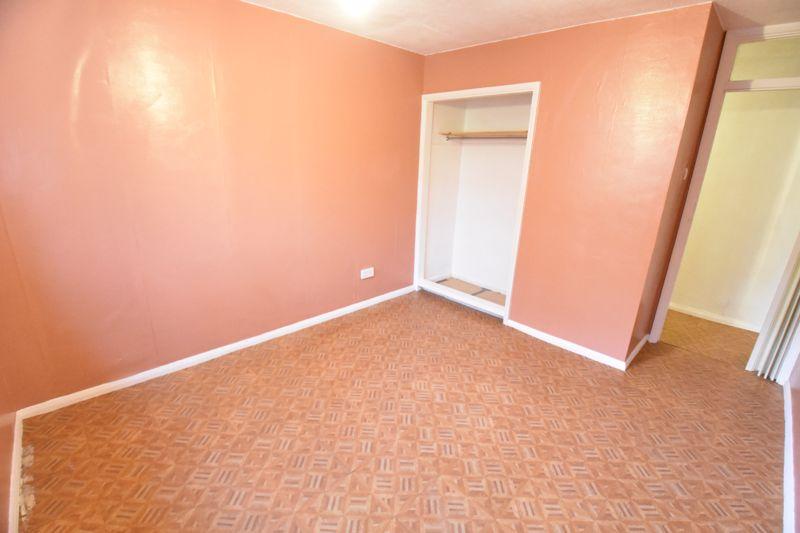 1 bedroom  to buy in Crawley Green Road, Luton - Photo 1