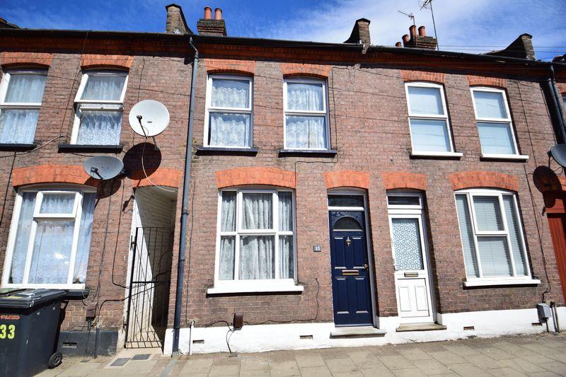 3 bedroom Mid Terrace to buy in Frederick Street, Luton - Photo 15