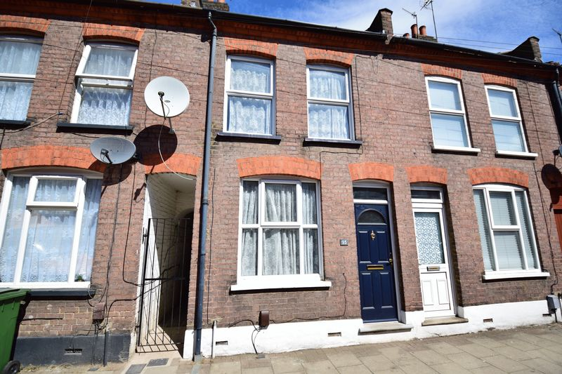 3 bedroom Mid Terrace to buy in Frederick Street, Luton