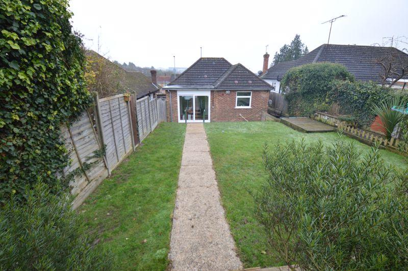 2 bedroom Detached  to buy in Crawley Green Road, Luton - Photo 14