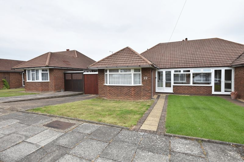 3 bedroom Bungalow to buy in Wadhurst Avenue, Luton