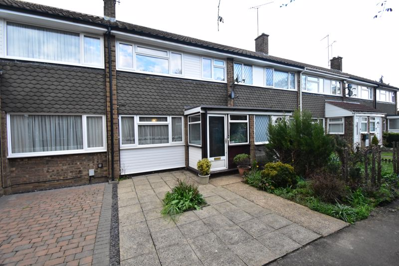 3 bedroom Mid Terrace to buy in Butely Road, Luton - Photo 13