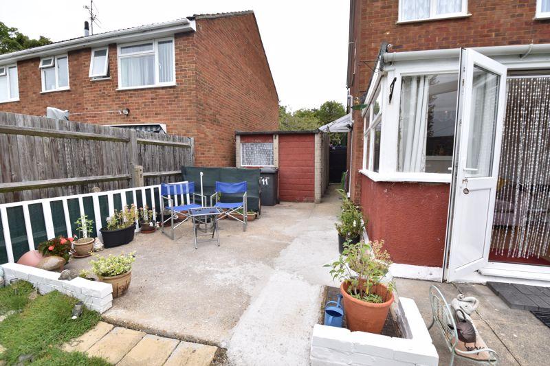3 bedroom Semi-Detached  to buy in Arbroath Road, Luton - Photo 6